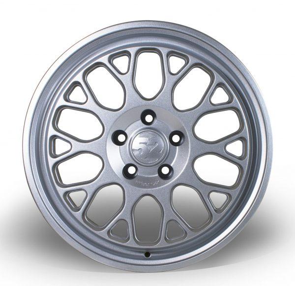 Fifteen52 Formula GT Speed Silver Y spoke alloy wheel 1885 4